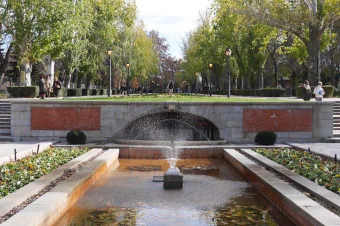 Entrada al Retiro desde la calle de Alfonso XII