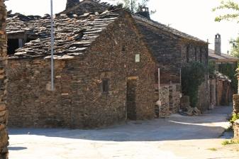Robleluengo, Campillo de Ranas