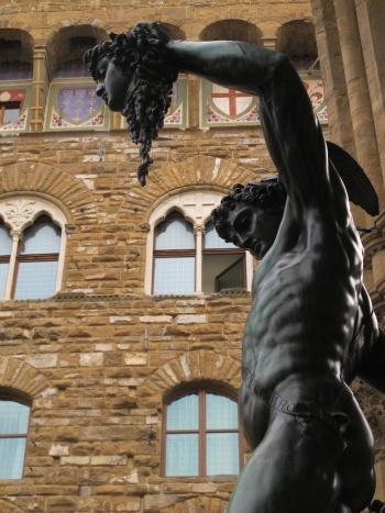 Perseo de Cellini y Medusa