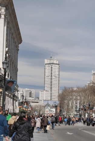 Al fondo la Torre de Madrid