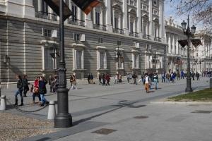 Paseando por la fachada Palacio Real
